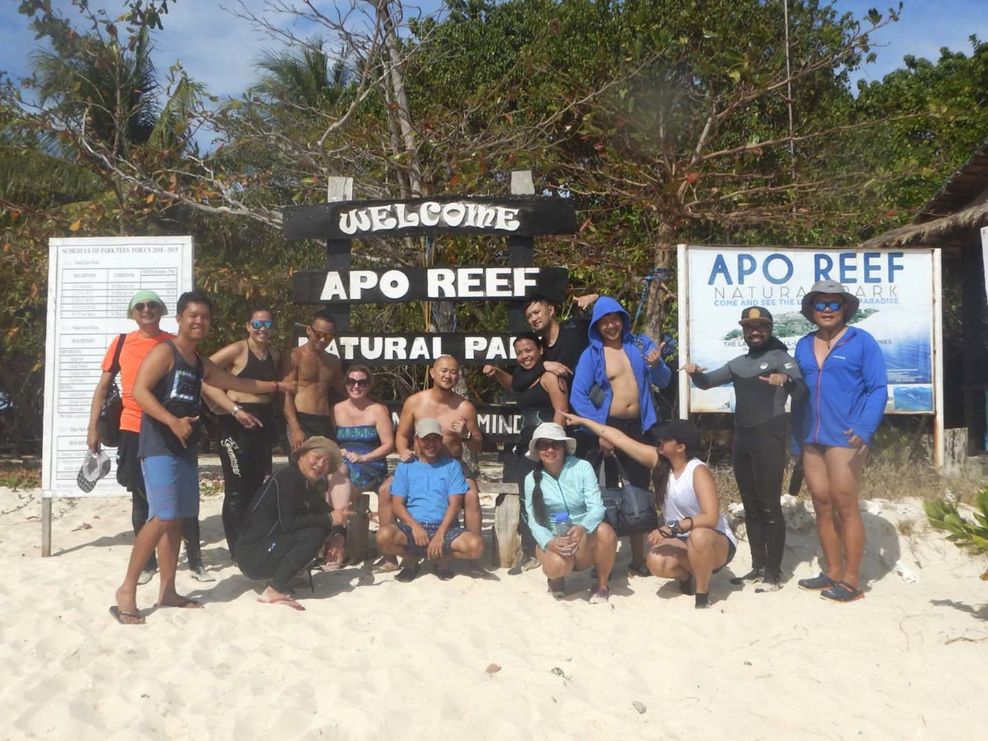 Scuba diving group photo in Apo Island