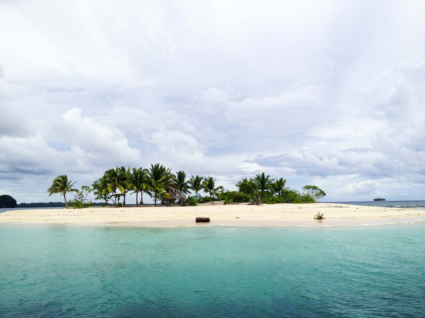 White beaches in the Philippines
