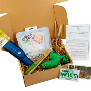 sustainable travel gift for scuba diver: zero waste gift box